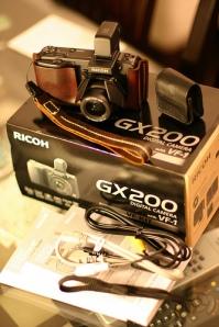 Ricoh GX200 with VF Kit