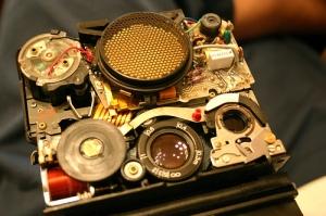 Fixing SX-70 Sonar Autofocus Lens Stuck Problem