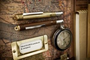 Traveler's notebook & company (friends) display